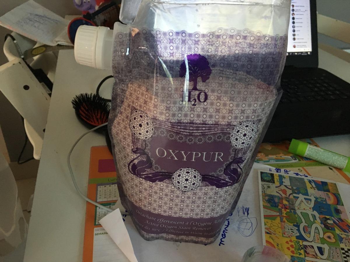 Oxypur de H2O: mon détachant biologique presquemagique